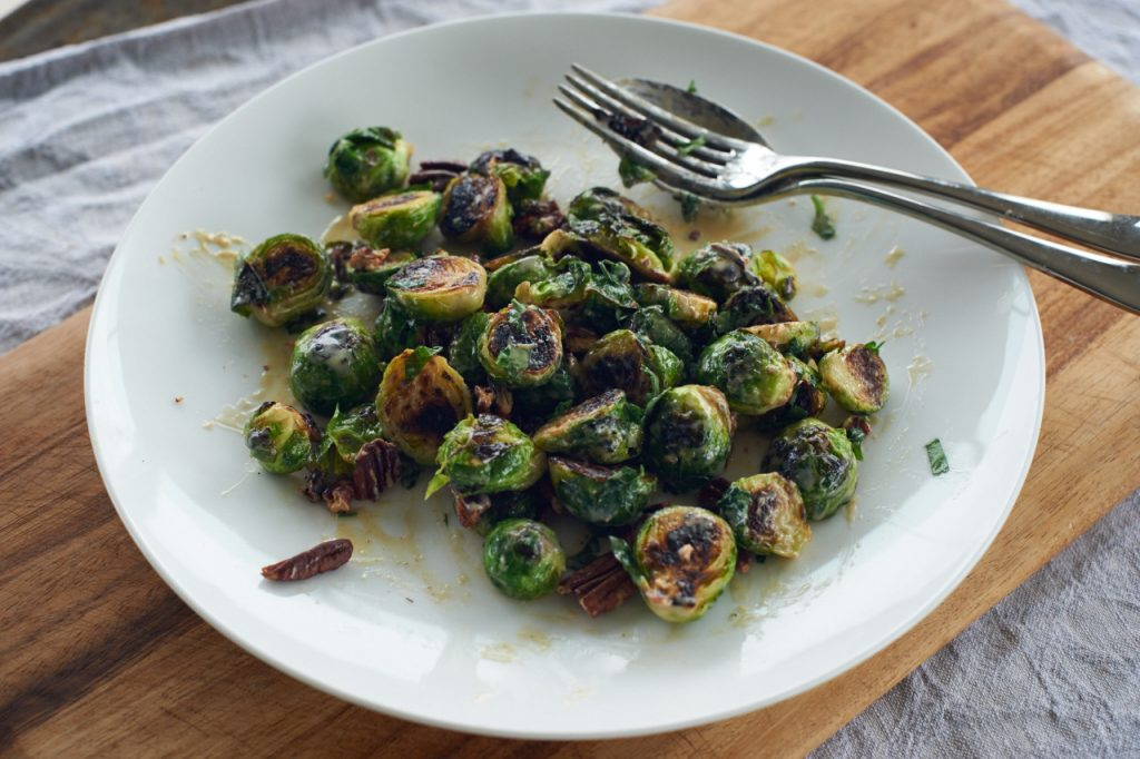 Fried brussel sprouts with creamy tahini dressing